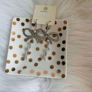 NEW Bows & pearls drop earrings